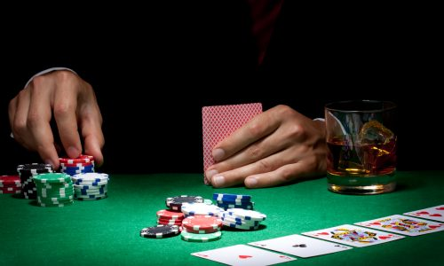Get high scores in playing online poker with ease